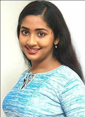 South-Indian-Hot-Actress-Navya-Nair