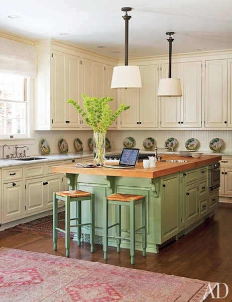 Antique green kitchen island for Green kitchen pictures
