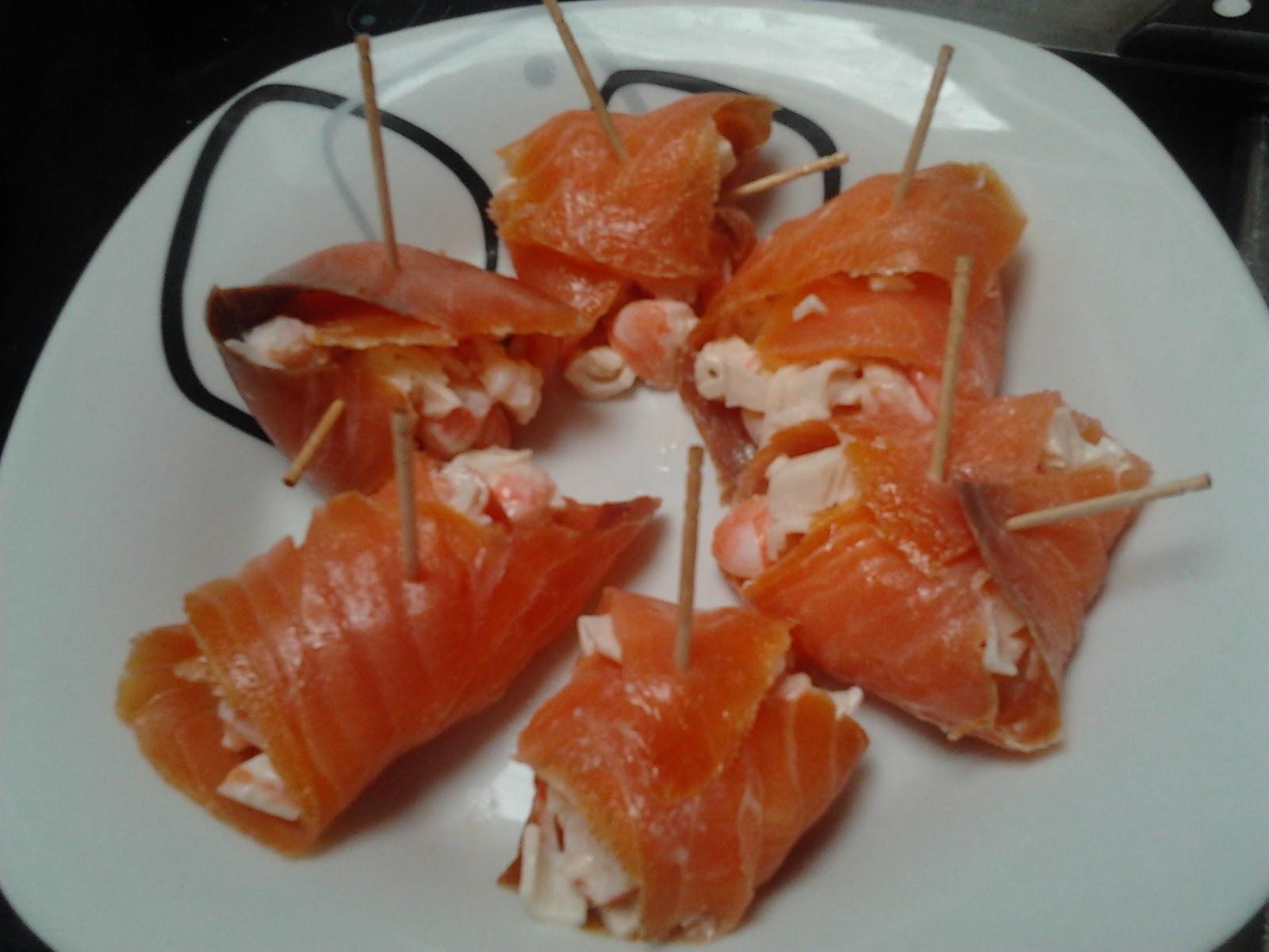 Comeastur canap salm n ahumado langostinos y surimi for Canape de salmon ahumado