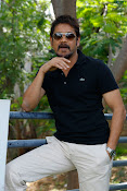 King Akkineni Nagarjuna's latest Handsome Photos Stills-thumbnail-2