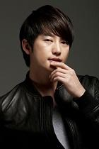 Biodata Park Shi Hoo pemeran Baek Shi Yoon