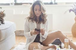 Setengah Pengguna Smartphone Pernah Kirim Foto Telanjang?
