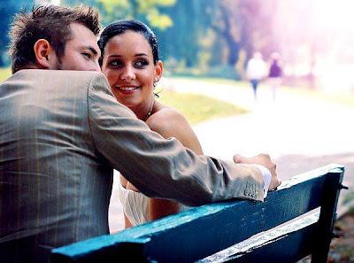 علامات حب الزوج او الخطيب لزوجته او حبيبته