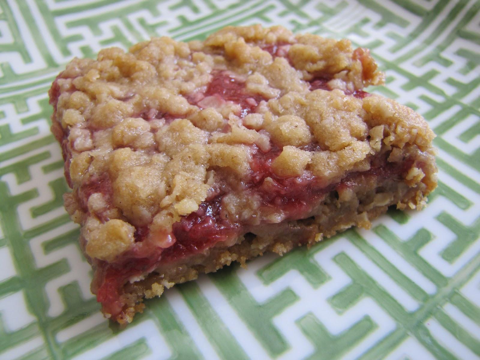 Adventures in Food: Strawberry- Rhubarb Oatmeal Bars