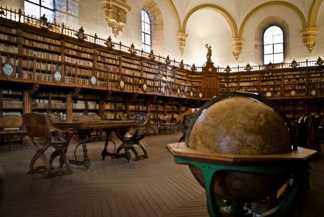 Biblioteques amb encant