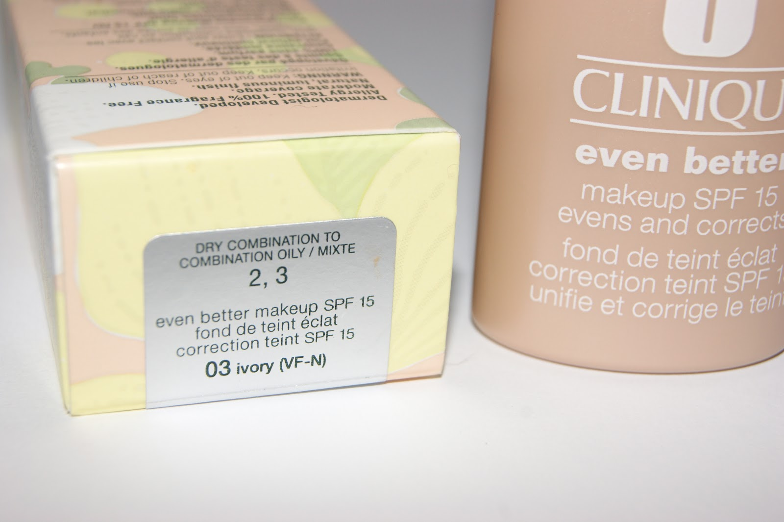 Clinique even better makeup foundation review swatches before - I Was Best Matched To Clinique Even Better Foundation Which Is Aimed At Skin Types Two And Three
