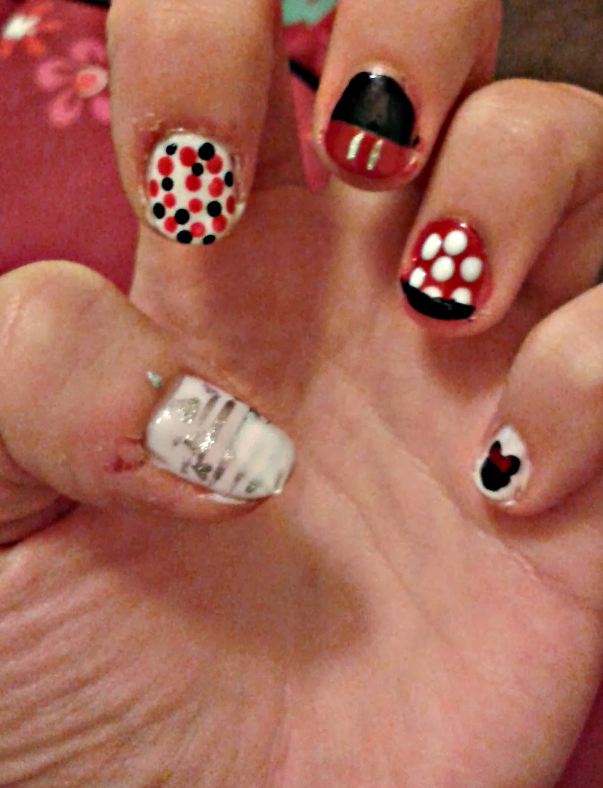 Mickey Mouse Inspired Nail Art: Operation nail it disney art.