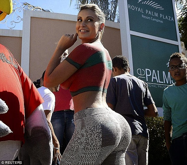 See what this Brazilian star who enlarged her butt got in return