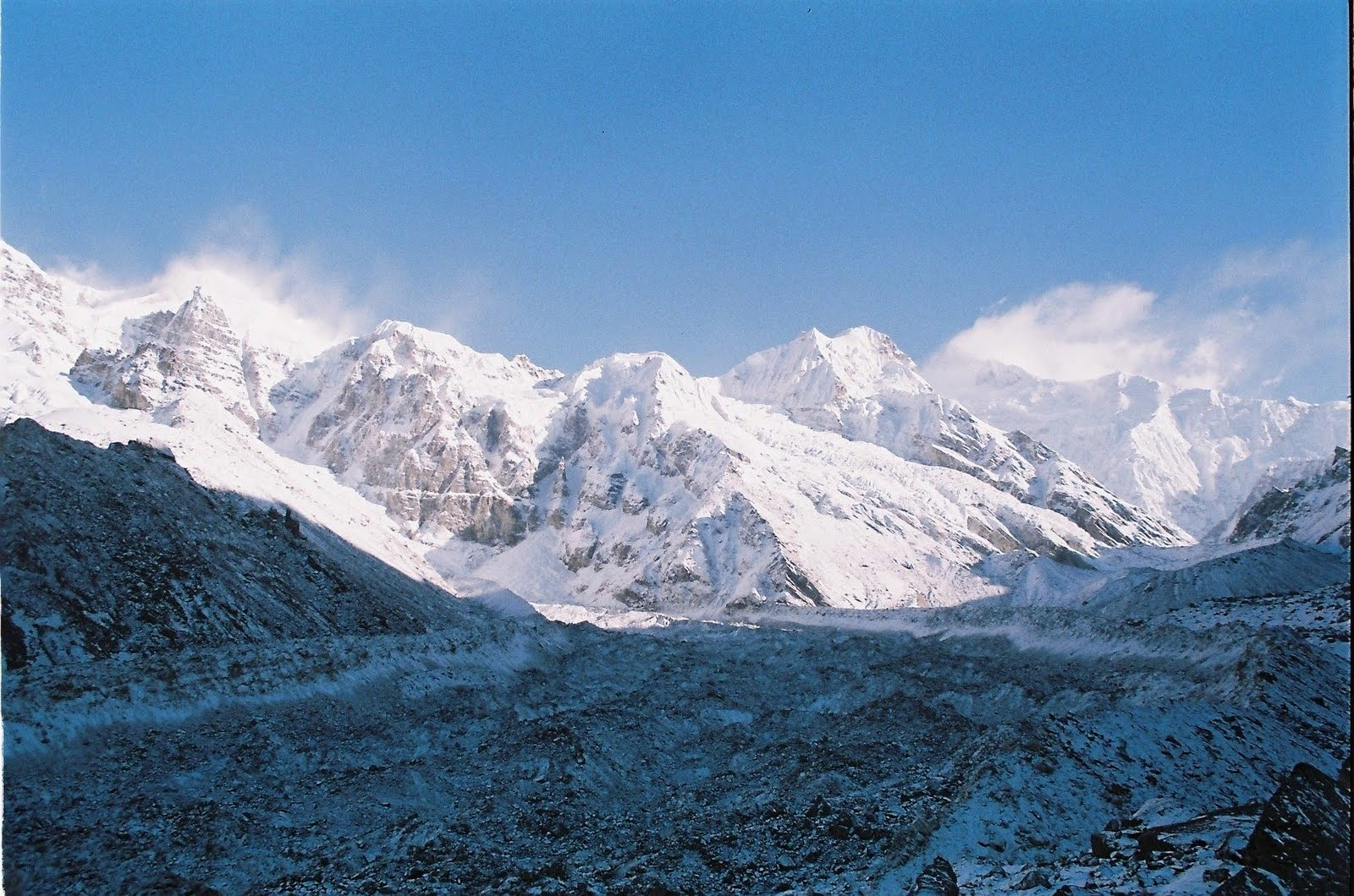 Zemathang_Glacier_Sikkim_Tourism.jpg