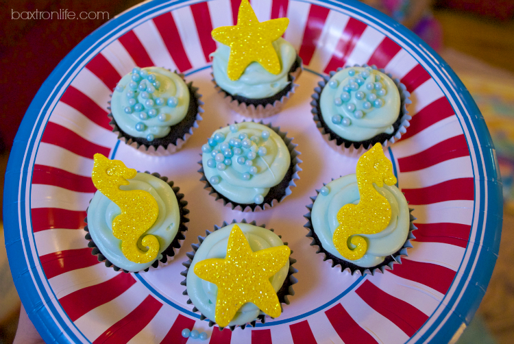 Gluten-Free Mini Cupcakes Under the Sea #shop