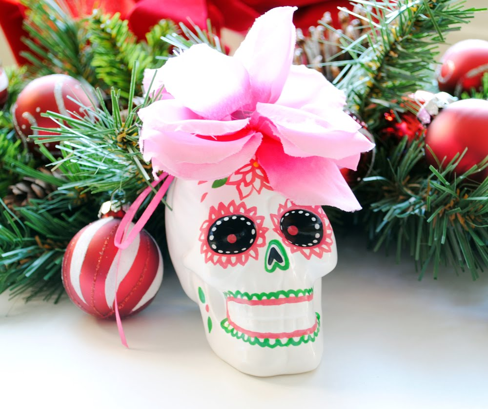 Peachy Cheek: Christmas decorating and Sugar Skull ornaments