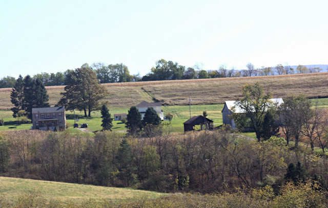 Farms in the pennsylvania hills