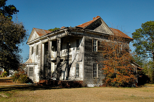 Ghost Hunting Theories: Abandoned Victorian Homes