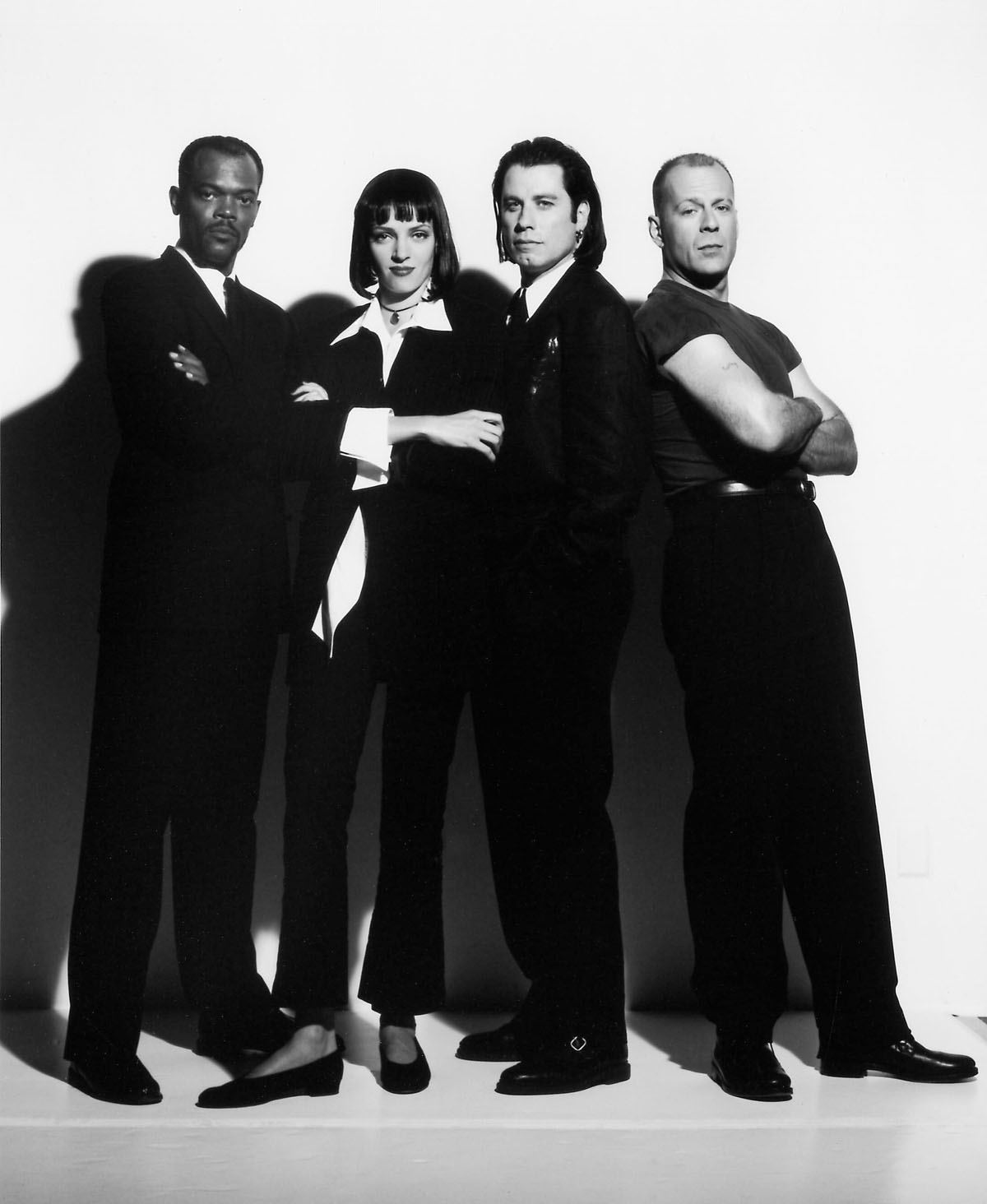 http://2.bp.blogspot.com/-WFzH31bDeQA/Tf59p3luwQI/AAAAAAAAATA/3LLfAMMqPzI/s1600/pulp-fiction-jackson-thurman-travolta-willis.jpg