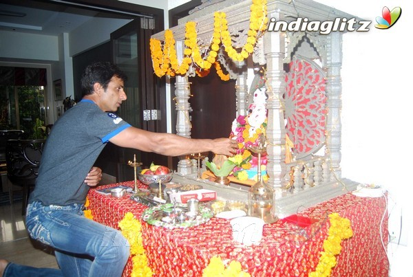 Sonu Sood and Sambhavna Seth celebrate Ganesh Chaturthi‎