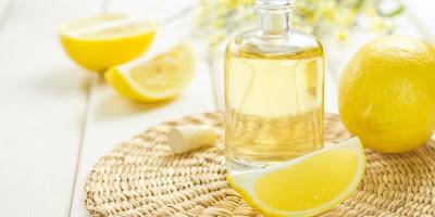 Memutihkan Kulit dengan Scrub Lemon Alami
