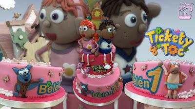 Tarta personalizada fondant Tickecty Toc Laia's Cupcakes Puerto Sagunto