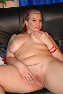 Tight wet pussy - rs-03-760470.JPG