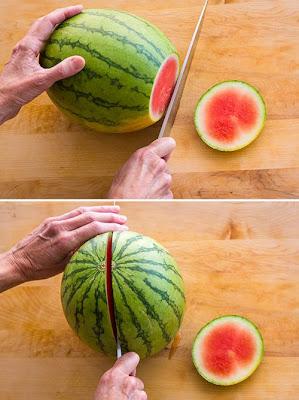 Cara memotong buah semangka