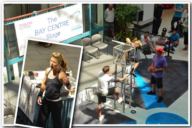 Victoria BC Tourist - Busker in Mall
