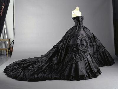 Classic Black Dress on Heart Wedding Dress  Maria Luisa Black Silk Taffeta Gown