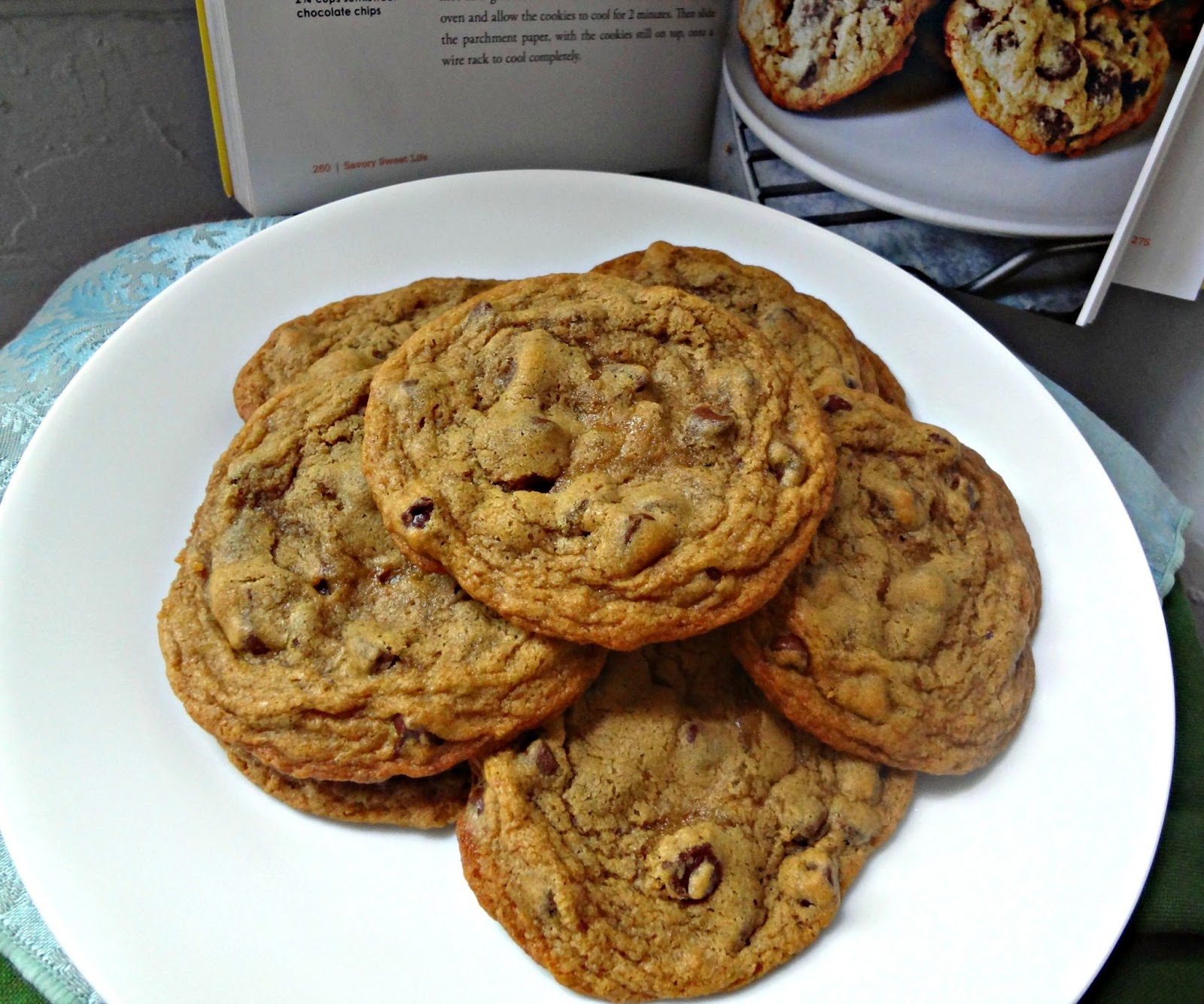 The Cooking Actress: Alice's Chocolate Chip Cookies