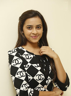 sri divya new gallery