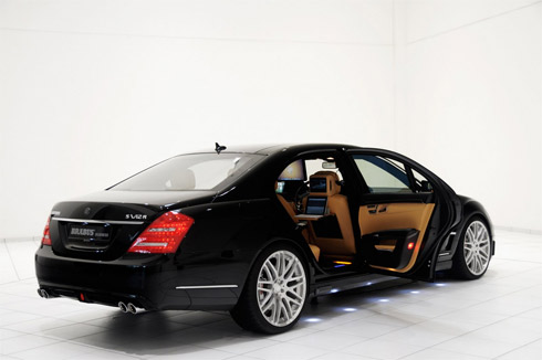 Cho thuê xe Mercedes S63