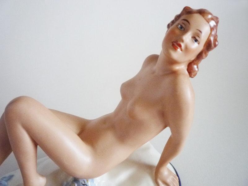 hairy irish naked young girl