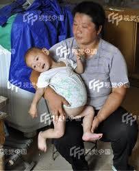 طفله صينية عمرها سنة واحدة حامل ؟؟؟