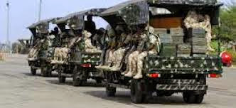http://www.truyan.com/2014/09/nigerian-soldiers-evacuate-families.html