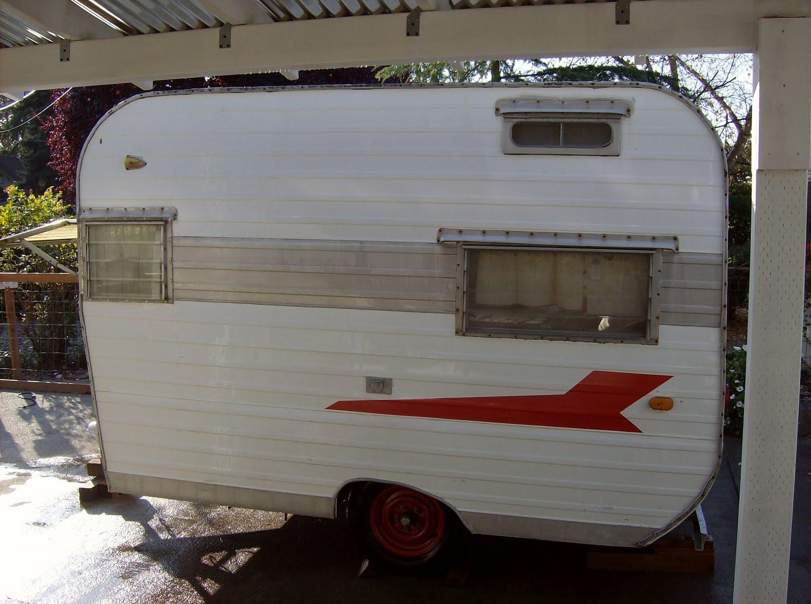 amys vintagetrailers cute vintage trailer for sale. Black Bedroom Furniture Sets. Home Design Ideas