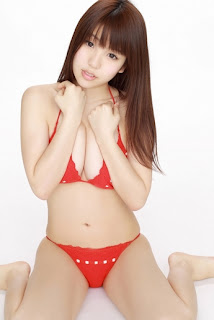 Mizuho Shiraishi Japanese Sexy Model Sexy Red Swimsuit Part 2 Photo 3