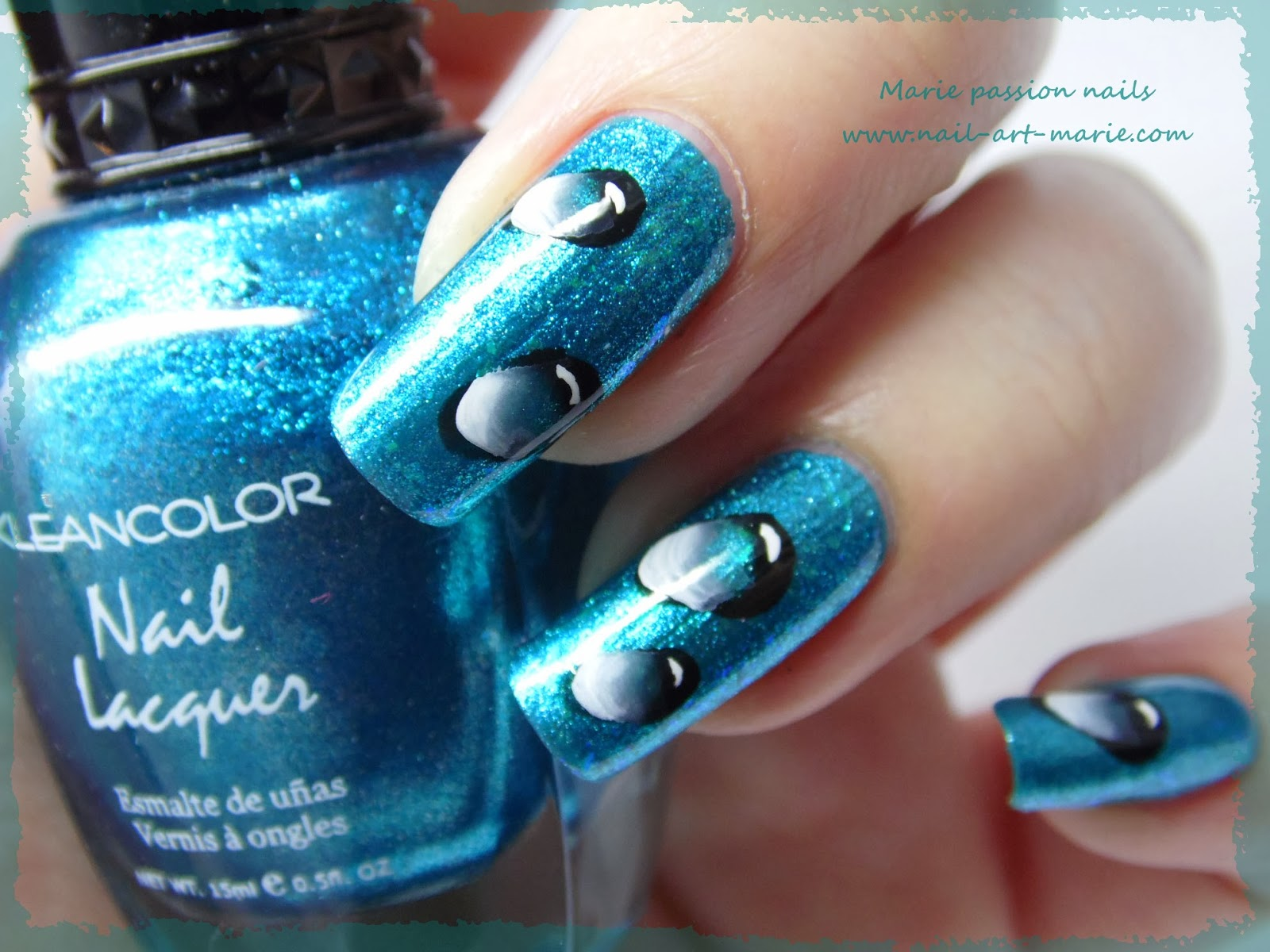 Nail Art gouttes d'eau en one stroke5