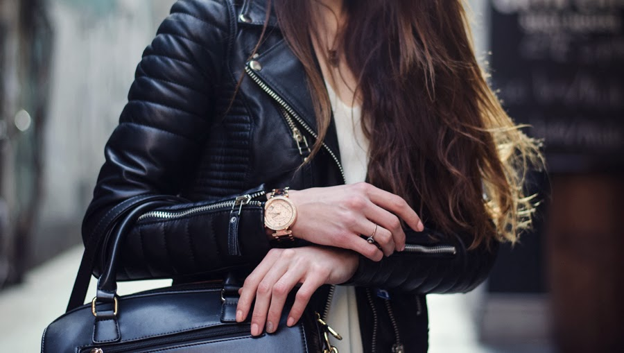 streetstyle, leather jacket outfit, fashion blogger 2013, denim, skinny jeans outfit, boots outfit, leopard boots, rocker street style, details, fashion, michael kors watch, zara, mango street style