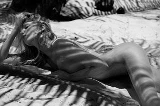 عارضة الأزياء إلسا هوسك في صور ساخنة لمجلة GQ أغسطس 2015
