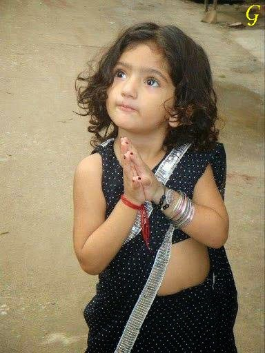Babies Images-Saree Baby Pictures