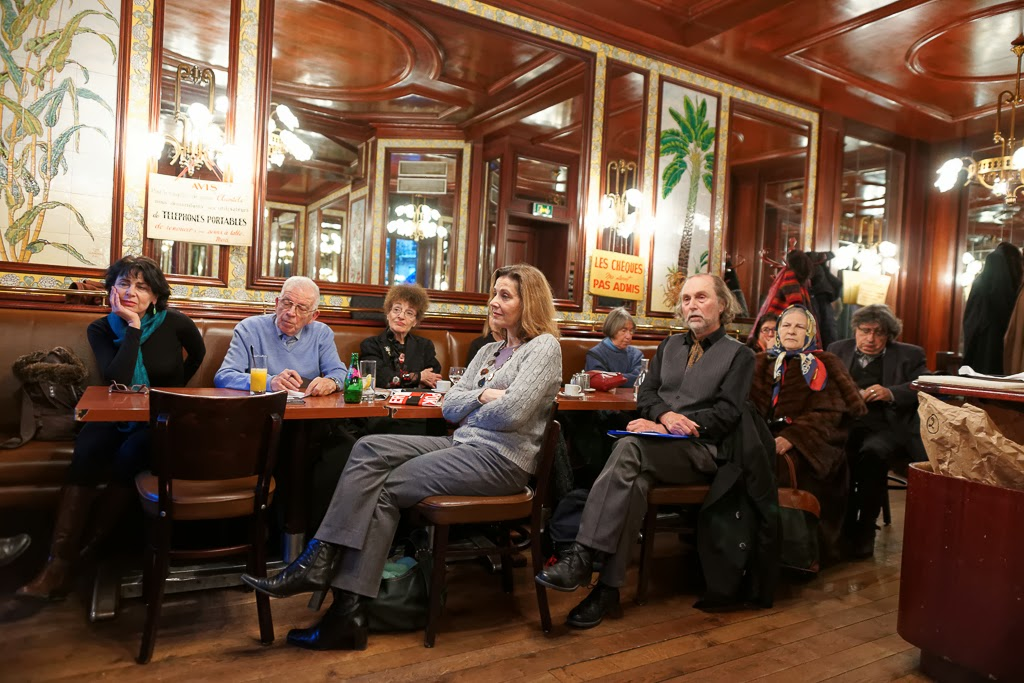 Les assistants étaient nombreux à la Brasserie Lipp pour écouter Didier Cahen   Photographie © Muriel Bergasa