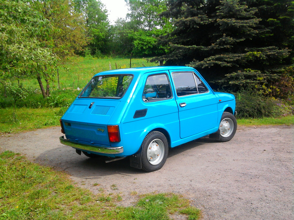 just a car geek 1982 polski fiat 126p with 82 miles yes eighty two miles. Black Bedroom Furniture Sets. Home Design Ideas
