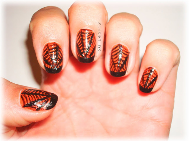 Nail Friday: Halloween Telarañas y  Fantasmitas spiderwebs and ghots manicure Silvia Quiros