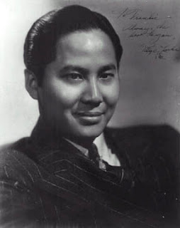Keye Luke studio publicity photo while on the Charlie Chan (movie) cast. Original uploader was Rossstatham at en.wikipedia