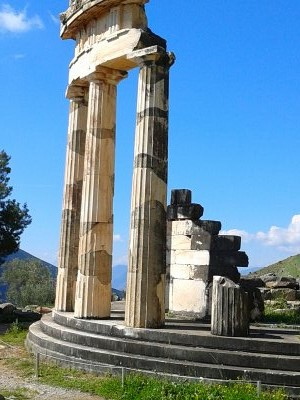 The Iconic Temple of Athena Pronaia in Delphi
