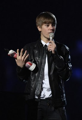 Justin Bieber Hairstyles at Brit Awards 2011
