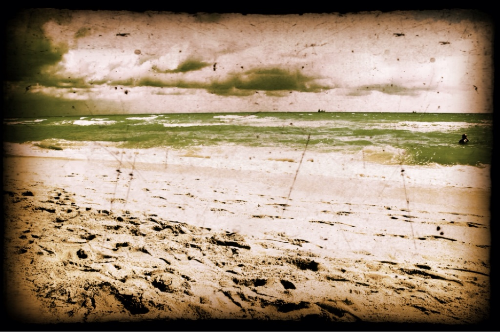 old copyright free beach picture