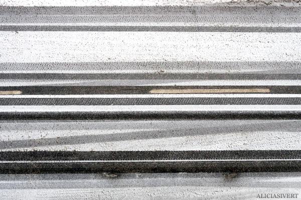 aliciasivert, alicia sivertsson, snö, snow, winter, vinter, road, väg, bilväg, linjer, grafiskt