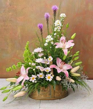 en cuanto a estilo se refiere existen varias formas en el armado de arreglos florales y para cada representacin la coordinacin la lnea y las flores