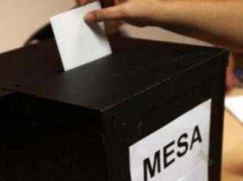 """Guiné-Bissau/Eleições: PAÍS """"NO FUNDO POÇO"""" - Candidato Vicente Fernandes"""