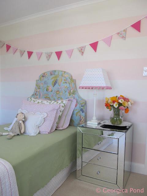 bondville poppy 39 s pink and green bedroom. Black Bedroom Furniture Sets. Home Design Ideas