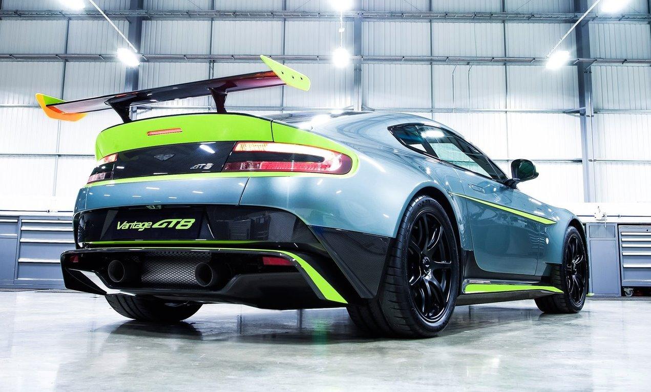Aston-Martin Vantage GT8