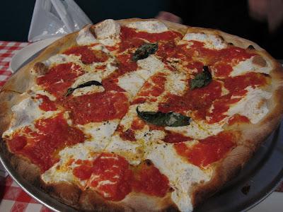Grimaldis margharita pizza